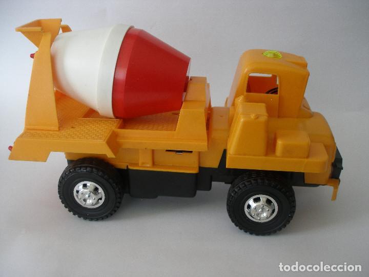 Juguetes antiguos Gozán: Camión hormigonera Gozan ( 24 cm ) nº 265 años 70 en caja sin uso - Foto 3 - 223908465