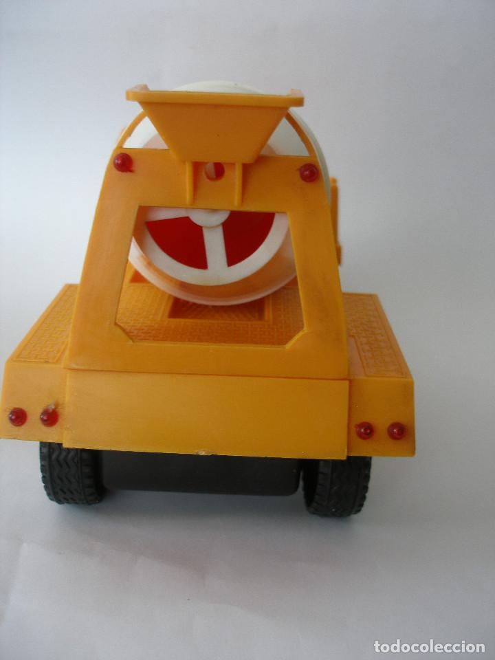 Juguetes antiguos Gozán: Camión hormigonera Gozan ( 24 cm ) nº 265 años 70 en caja sin uso - Foto 5 - 223908465