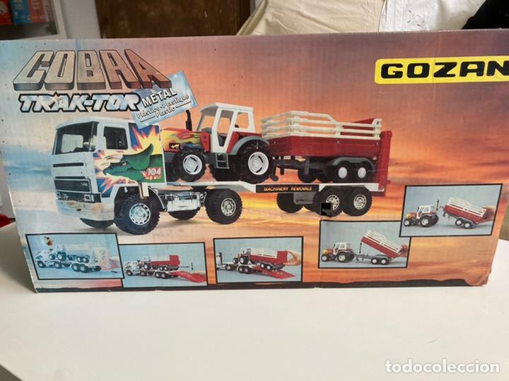 Juguetes antiguos Gozán: Camión Cobra Trak-Tor gozan con tractor - Foto 5 - 241165835