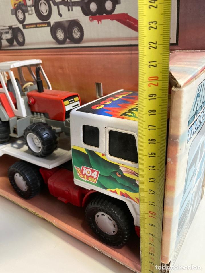 Juguetes antiguos Gozán: Camión Cobra Trak-Tor gozan con tractor - Foto 8 - 241165835