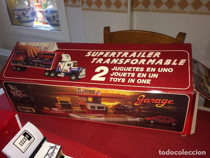 Juguetes antiguos Gozán: SUPERTRAILER CON GARAJE GOZAN - TRANSFORMABLE - 2 JUGUETES EN 1 - SIN JUGAR - IBI ( Alicante ) - Foto 9 - 253801375