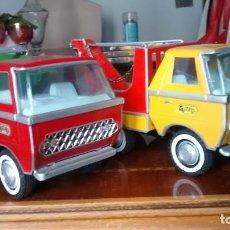 Brinquedos antigos Gozán: DOS CAMIONES DE CHAPA GOZAN MEDIANOS. Lote 267051404