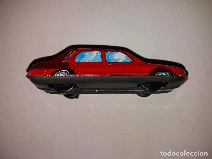Coches de juguetes antiguos gallery of coche sedan de for Silla coche batman