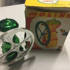 Juguetes antiguos de hojalata: MOLINO DE CAFE ANTIGUO JUGUETE PLASTIMETALIZADO TIPO SANCHIS. Lote 84762720