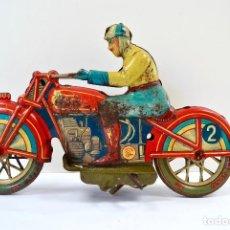 Juguetes antiguos de hojalata: MOTO ORIGINAL DE HOJALATA CON CONDUCTOR. MARCA PAYÁ-RAI. 28 CM. . Lote 98388047