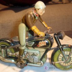 Juguetes antiguos de hojalata: MOTO ALEMANA ANTIGUA MAC 700 , MOTOCICLETA GERMANY , ORIGINAL, CHAPA. Lote 20537555