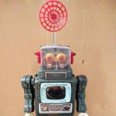 Juguetes antiguos de hojalata: IMPECABLE ROBOT HOJA LATA HOJALATA ALPS SPACEMAN SPACE MAN TELEVISION TV JAPON GALAXY ORIGINAL 1961. Lote 109818104