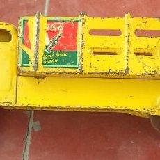 Juguetes antiguos de hojalata: COCA-COLA,CAMIÓN METÁLICO DE GRAN TAMAÑO,HIERRO,CAMIÓN AMERICANO,MUY RARO,AÑOS 50,VER FOTO. Lote 98806655
