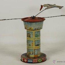 Juguetes antiguos de hojalata: CARRUSEL. AEROPUERTO CON AVIONES EN HOJALATA. MADE IN JAPAN. CIRCA 1950.. Lote 53950894