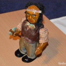 Juguetes antiguos de hojalata: ANTIGUO JEFE INDIO - ALPS - INDIAN BIG CHIEF - JUGUETE DE HOJALATA - TIN TOY - A CUERDA - FUNCIONA. Lote 68601281