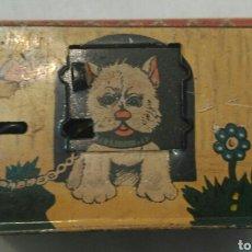 Juguetes antiguos de hojalata: ANTIGUA HUCHA DE LATA. LITOGRAFIADA. DE JAPÓN. ALCANCÍA. Lote 89394996