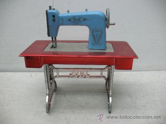 Juguetes antiguos Joal: Joal - Antigua máquina de coser de juguete - Foto 2 - 38791990