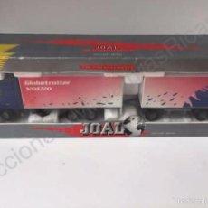 Brinquedos antigos Joal: CAMIÓN VOLVO FH12 GLOBETROTTER XL DOBLE TRAILER - 1:50 - JOAL 349 -A. Lote 117882856