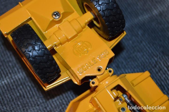 Juguetes antiguos Joal: JOAL - MINIATURAS DE CONSTRUCCION - CAMIÓN VOLQUETE DUMPER JCB 712 - 1/35 - HAZ OFERTA - Foto 12 - 111815763