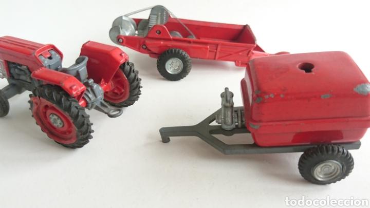 Juguetes antiguos Joal: Lote joal tractor Massey pulverizador 205 y remolque abono 204 - Foto 4 - 112688588