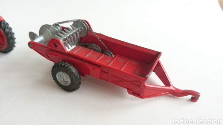 Juguetes antiguos Joal: Lote joal tractor Massey pulverizador 205 y remolque abono 204 - Foto 5 - 112688588