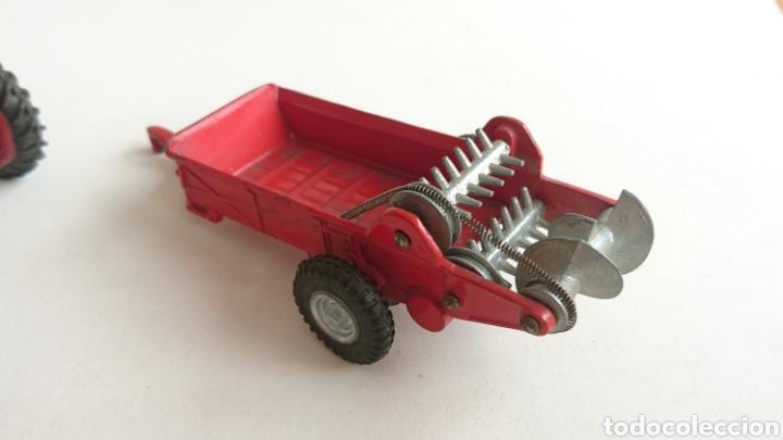 Juguetes antiguos Joal: Lote joal tractor Massey pulverizador 205 y remolque abono 204 - Foto 6 - 112688588
