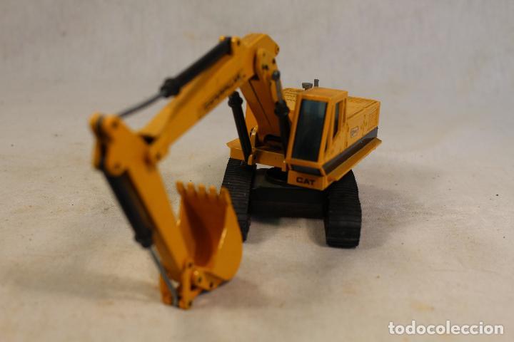 Juguetes antiguos Joal: Excavadora Giratoria Caterpillar 225 - JOAL 216 - 1:50 - Foto 7 - 142019078