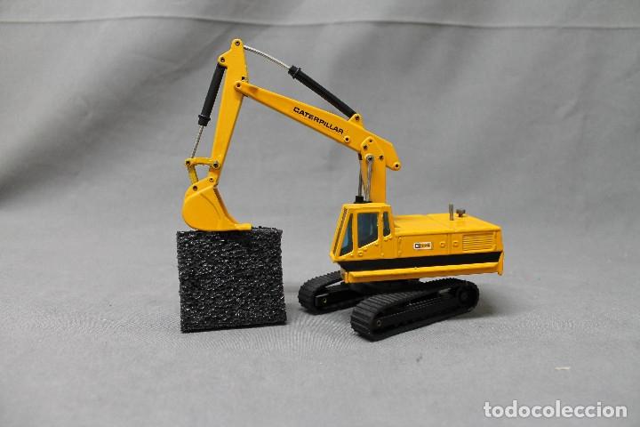Juguetes antiguos Joal: Excavadora giratoria Caterpillar 225 nº216 Joal - Foto 4 - 173094142
