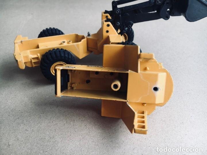 Juguetes antiguos Joal: Tractor eXCAVADORA JOAL escala 1:50 amarillo - VOLVO BM L160 - Completo sin Caja - Foto 5 - 179049055