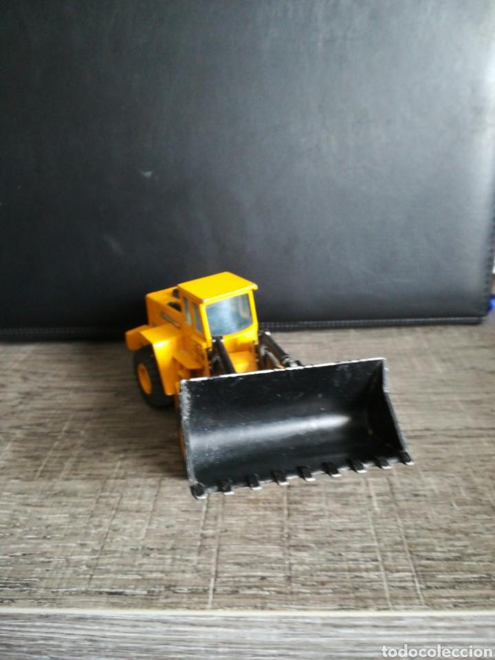 Juguetes antiguos Joal: Excavadora Joal volvo Bm L160 escala 1:50 - Foto 4 - 182475515