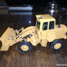 Brinquedos antigos Joal: JOAL PALA CARGADORA CON RUEDAS NEGRAS CAT 920 REF. 214.. Lote 204708432