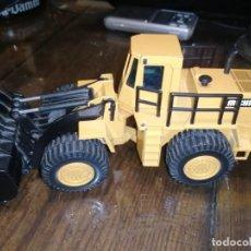 Brinquedos antigos Joal: PALA EXCAVADORA MICHIGAN L-320. ESCALA 1:50. JOAL. Lote 204737905