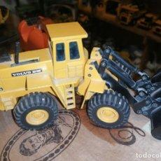 Brinquedos antigos Joal: TRACTOR EXCAVADORA JOAL ESCALA 1:50 AMARILLO - VOLVO BM L160. Lote 205027388