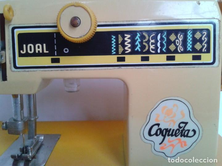Juguetes antiguos Joal: Máquina de coser a pilas marca Joal Modelo Coqueta - Foto 2 - 219445997