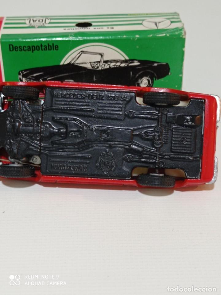 Juguetes antiguos Joal: Coche miniatura escala 1:43, Mercedes 230 SL rojo - Foto 5 - 248832390