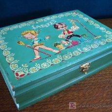 Juguetes antiguos y Juegos de colección: CAJA DE MADERA PINTADA.. Lote 26932856