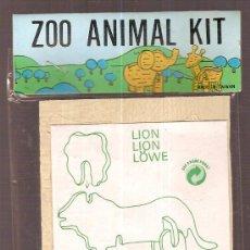 Juguetes antiguos y Juegos de colección: ZOO ANIMAL. 11 X 8 CM. MADERA TROQUELADA. LION. Lote 6086307
