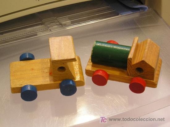 Lote de 2 antiguos camioncitos en madera comprar - Juguetes antiguos de madera ...