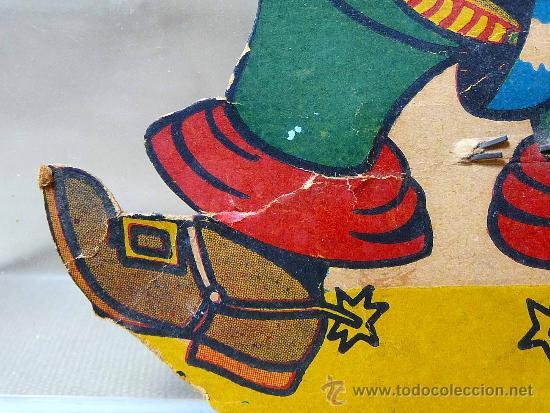 Juguetes antiguos y Juegos de colección: GATO CON BOTAS, PRIMITIVO JUGUETE DE CARTON TROQUELADO, CON MOVIMIENTO Y SONIDO, 1940s, ESPAÑA - Foto 11 - 22610352
