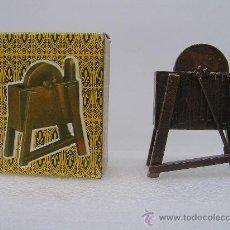 Brinquedos antigos e Jogos de coleção: SACAPUNTAS ( AFILALAPIZ ) MARCA: EMB - MARTI Nº: 1004 AFILADORA. (SIMILAR PLAYME) CON SU CAJA. Lote 45679228
