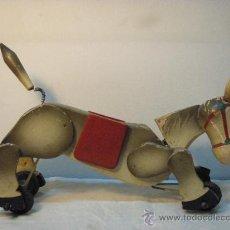 Juguetes antiguos y Juegos de colección: ARRASTRE CON BURRITO DE MADERA DE AÑOS 50. Lote 26904197
