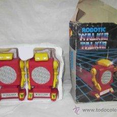 Juguetes antiguos y Juegos de colección: ROBOTIC WALKIE TALKIE,IC 2000 BOXER,CAJA ORIGINAL,FUNCIONANDO. Lote 28913905