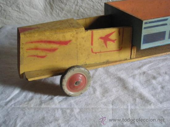 Juguetes antiguos y Juegos de colección: CAMION DE MADERA ANTIGUO 48 CM. LARGO - Foto 2 - 32028545