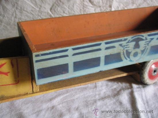 Juguetes antiguos y Juegos de colección: CAMION DE MADERA ANTIGUO 48 CM. LARGO - Foto 4 - 32028545