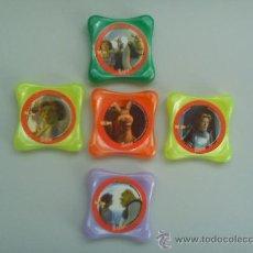 Juguetes antiguos y Juegos de colección: LOTE 5 TAZOS: WAPS (SHREK 2) (MINI BABYBEL - 2004). Lote 34482089