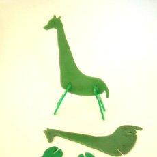 Juguetes antiguos y Juegos de colección - Jirafa desmontable en plástico, años 50 - 36835881