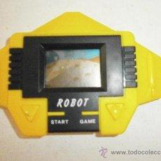 Juguetes antiguos y Juegos de colección: MAQUINITA ROBOT NO GAME & WATCH FUNCIONA. Lote 37457712