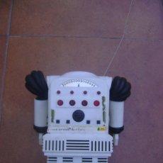 Juguetes antiguos y Juegos de colección: ROBOT ANTIGUO DE LOS 70 , STAR COMMAND , INCOMPLETO.. Lote 39140994