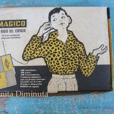 Juguetes antiguos y Juegos de colección: ANTIGUA RADIO DEL ESPACIO DE LA MARCA MAGICO - COMPLETO Y ORIGINAL - LA RADIO DE BOLSILLO - EN BUEN. Lote 222547637