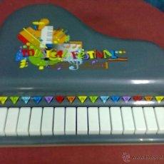 Juguetes antiguos y Juegos de colección: PIANO DE JUGUETE MUSICAL FESTIVAL REIG. Lote 39640131