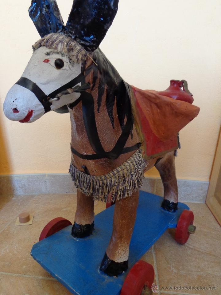 Juguetes antiguos y Juegos de colección: Precioso burrito aguador juguete de cartón piedra - Foto 2 - 44310435