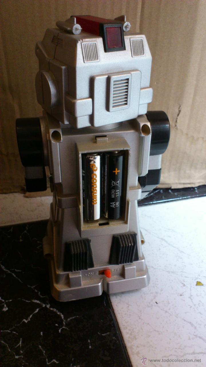 Juguetes antiguos y Juegos de colección: Antiguo robot Botoy del año 1986 funcionando! Tai way toys - Foto 2 - 40027154