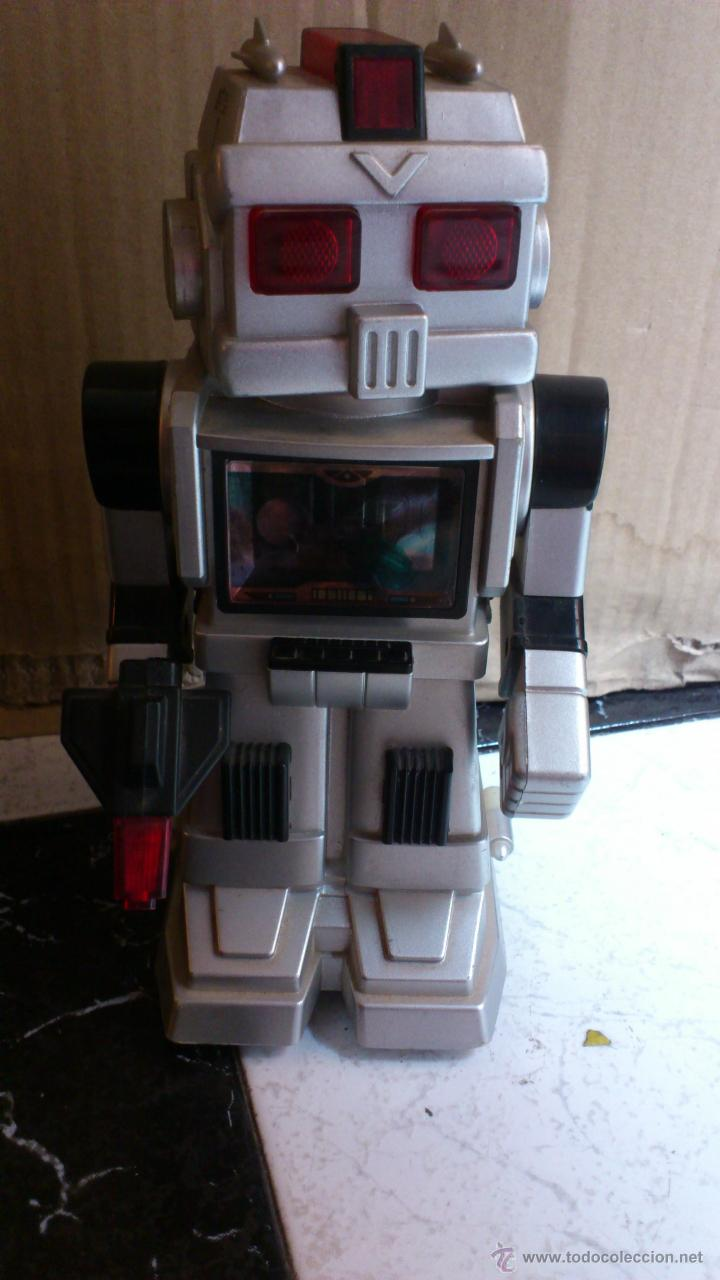 Juguetes antiguos y Juegos de colección: Antiguo robot Botoy del año 1986 funcionando! Tai way toys - Foto 3 - 40027154