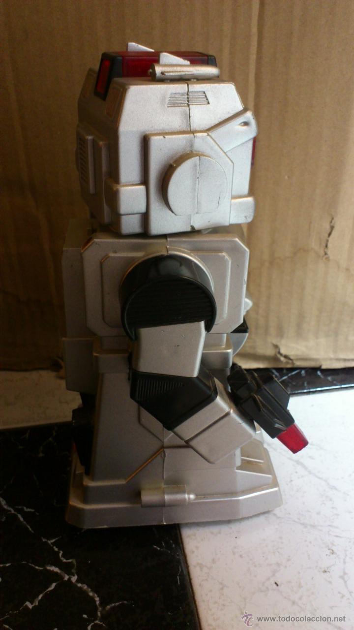 Juguetes antiguos y Juegos de colección: Antiguo robot Botoy del año 1986 funcionando! Tai way toys - Foto 4 - 40027154