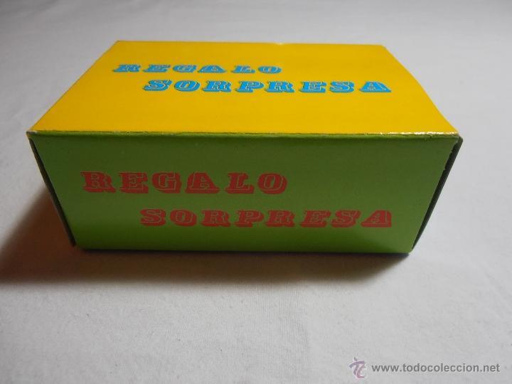 Juguetes antiguos y Juegos de colección: CAJA SOBRE SORPRESA VACIO BARATIJAS DE KIOSCO AÑOS 70 - Foto 2 - 40427856